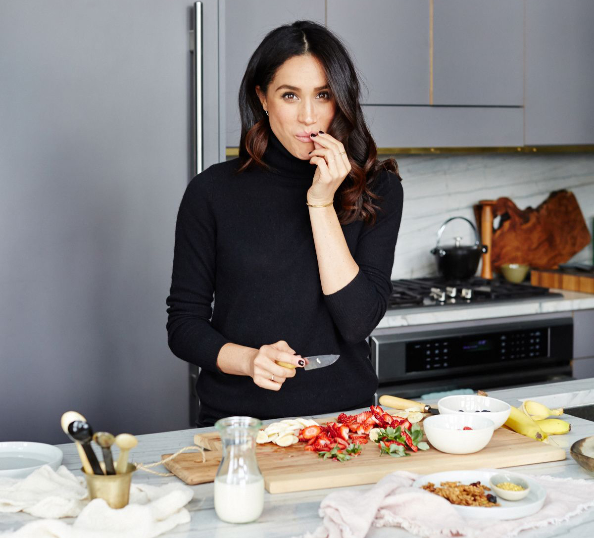 WHAT MEGHAN MARKLE EATS // DUCHESS OF SUSSEX DIET