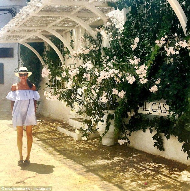 INSPIRED BY MEGHAN MARKLE // VACATION STYLE