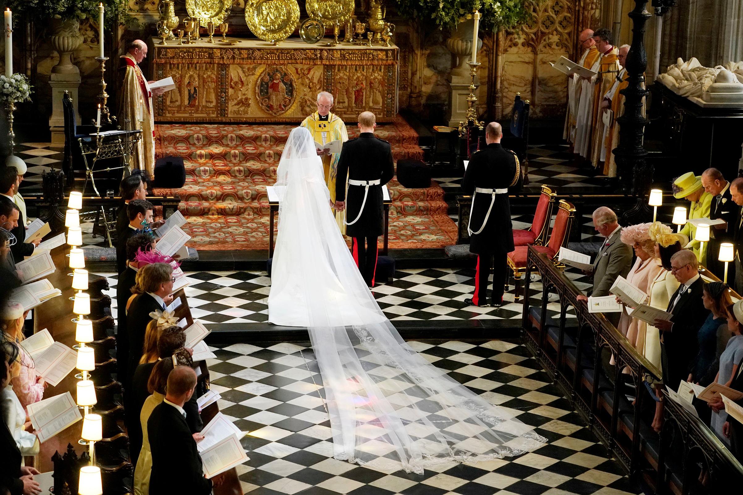 PRINCE HARRY & MEGHAN MARKLE'S FIRST WEDDING ANNIVERSARY   ROYAL WEDDING RECAP